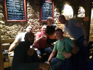 MBCA Amstelveen. Clyde, Sergio, David, Chema, Michel y Nicolás. Primeras cervezas y pinchos en Santander