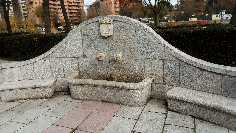 Fuente de la Teja y del Sopapo.